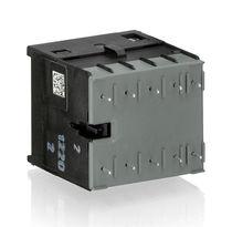 Контактор мощности / электромагнитный / 4 полюса / 3 полюса