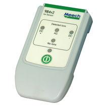 Измерительный прибор электрического поля / напряжения / настольный / режущая кромка