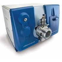 Спектрометр четырехполюсной массы / фотоэлектронный умножитель / для лаборатории