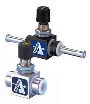 Игольчатый клапан / для контроля расхода / для остановки / для воздуха