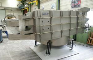 вибрационное линейное грубое сито / для сыпучих материалов / для деревообрабатывающей промышленности