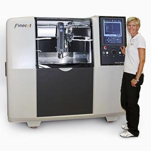 станок для резки микроабразивной струей воды / для резины / для металла / для стекловолокна