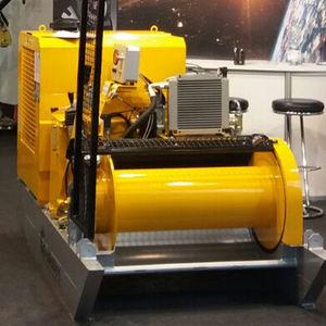 гидравлическая лебедка / с двигателем внутреннего сгорания / для подъема / шестеренчатая
