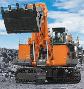 тяжелый экскаватор / гусеничный / Tier 4 final / для шахт и карьеров