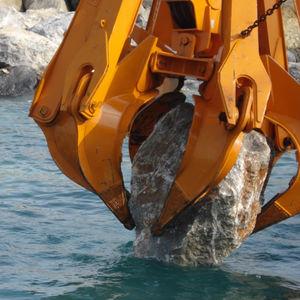 грейфер типа апельсиновой корки / механический / для металлолома / для камня