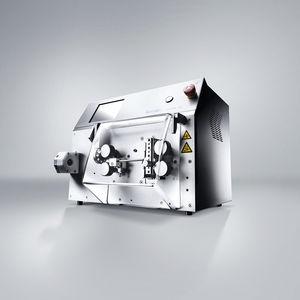 машина для резки и съема изоляции для электрических кабелей