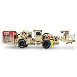дизельное транспортное средство / подземное / для транспортировки и загрузки взрывчатых веществ (эмульсия)