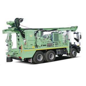 буровая установка для каротажа / для скважин / гусеничная / на грузовике