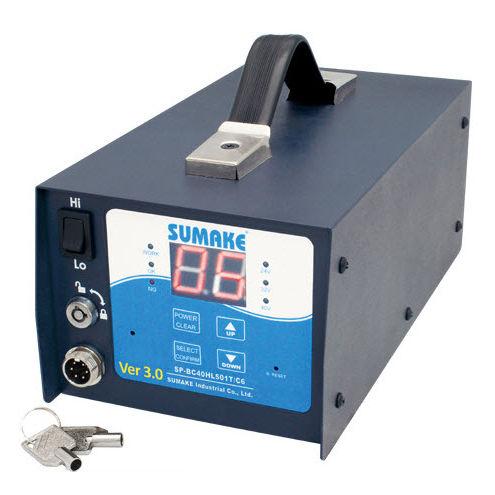источник электропитания AC/DC / регулируемый / настольный / монофазовый