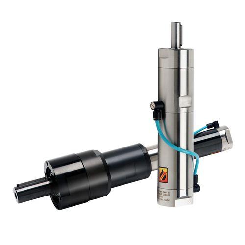пневматический двигатель с лопаткой